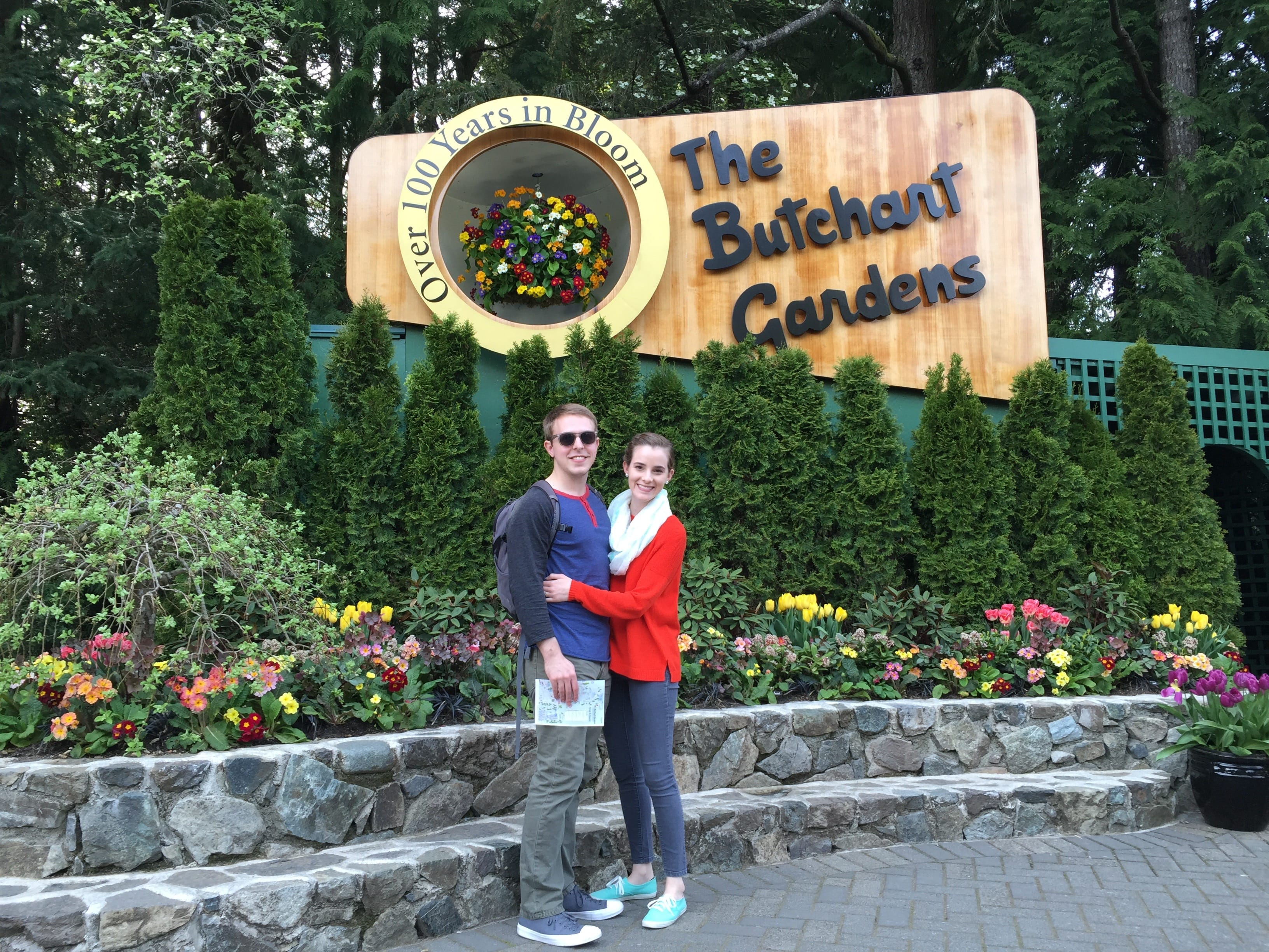 Once we were done in downtown Victoria, our driver took us to Butchart Gardens. This place was probably one of the craziest explosions of flowers I've ever seen. It's an old lime-rock pit that they turned into gardens representing countries around the world.